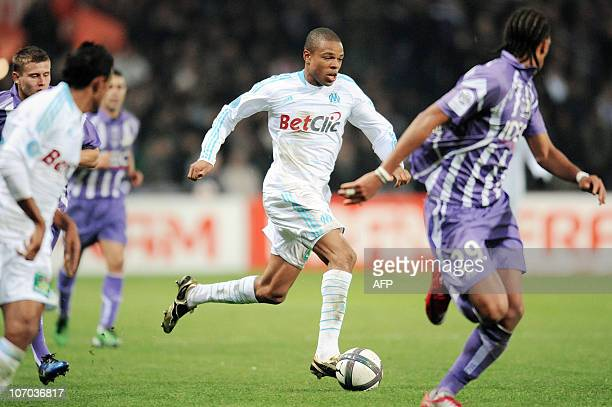 Marseille's forwards Loic Remy runs with the ball during the French L1 football match Toulouse vs Marseille on November 2010 at the Stadium in...