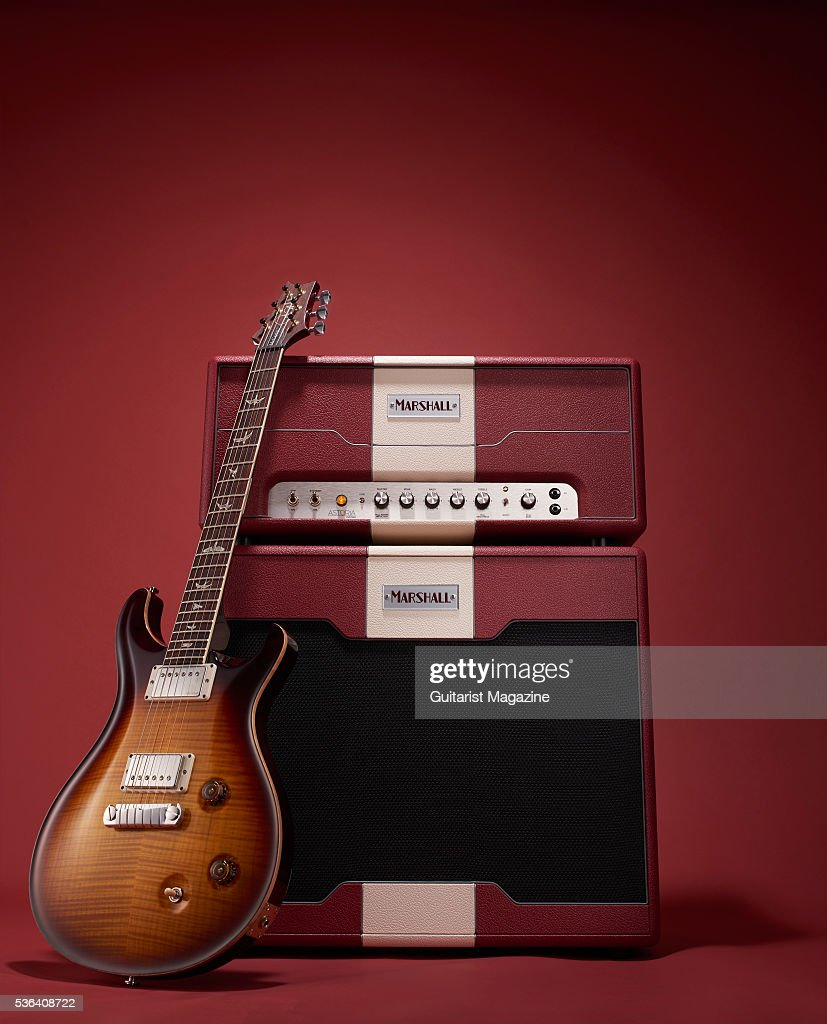 a marshall astoria custom amp head 1x12 speaker cabinet and 2015 prs pictures getty images. Black Bedroom Furniture Sets. Home Design Ideas