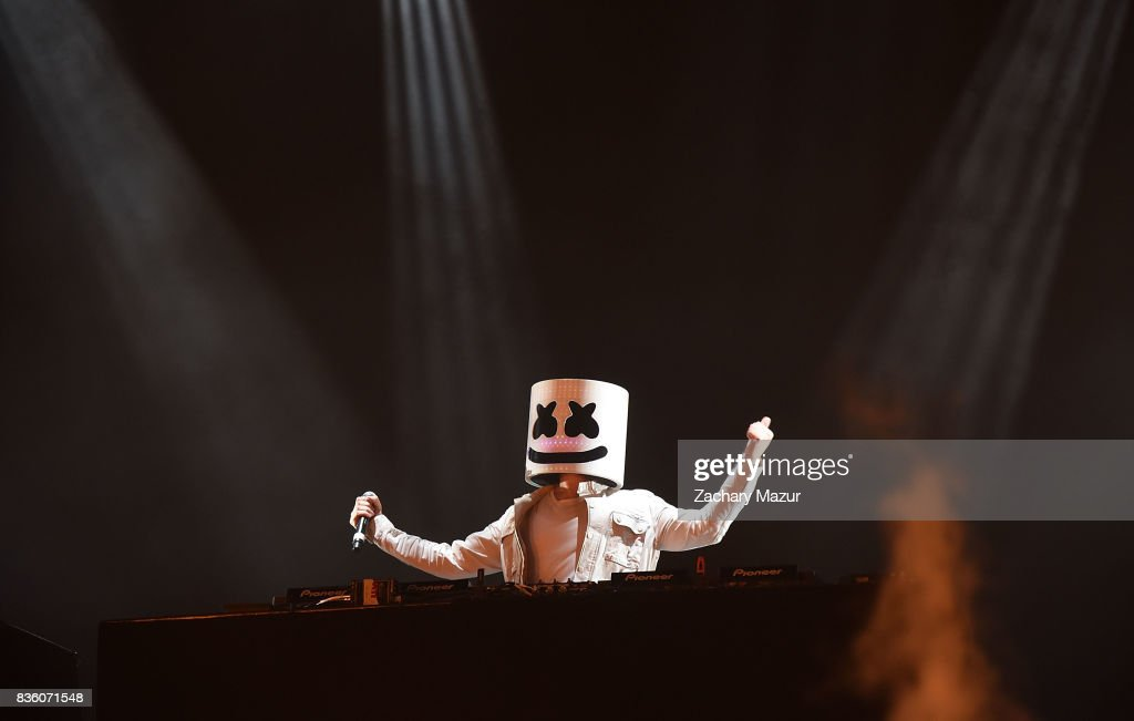 Marshmello performs at 2017 Billboard HOT 100 Music Festival at Northwell Health at Jones Beach Theater on August 20, 2017 in Wantagh, New York.