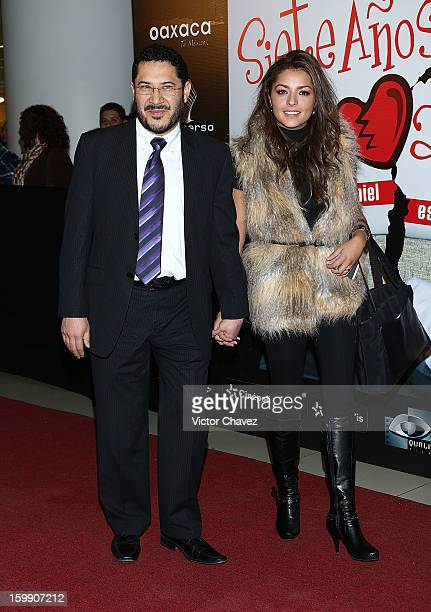 Martí Batres Guadarrama and guest attend the '7 Anos de Matrimonio' Mexico City premiere red carpet at Plaza Carso on January 22 2013 in Mexico City...