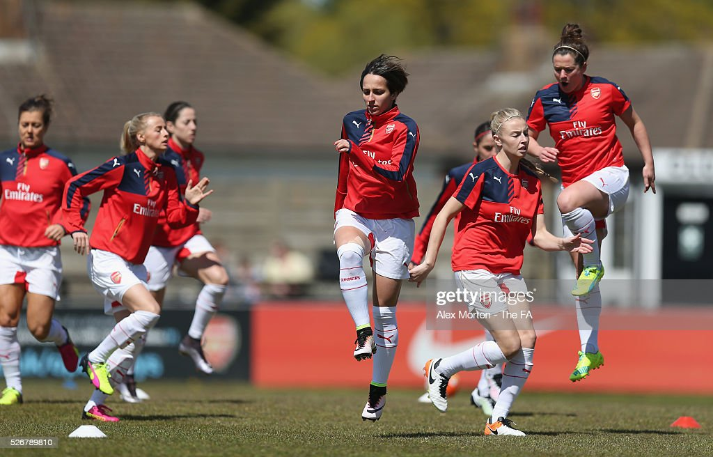 <a gi-track='captionPersonalityLinkClicked' href=/galleries/search?phrase=Marta+Corredera&family=editorial&specificpeople=8671709 ng-click='$event.stopPropagation()'>Marta Corredera</a> of Arsenal warms up prior to the WSL match between Arsenal Ladies and Birmingham City Ladies at Meadow Park on May 1, 2016 in Borehamwood, England.