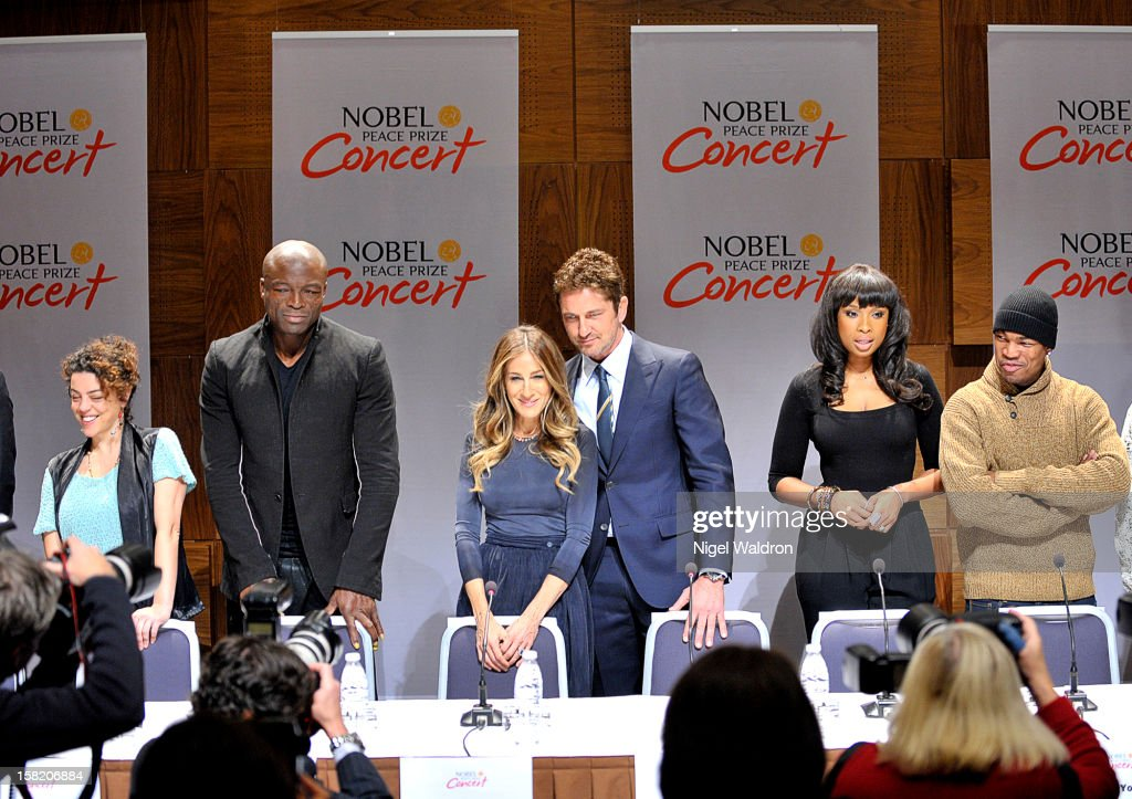 Marta Mrianda of OqueStrada, Seal, Sarah Jessica Parker, Gerard Butler, Jennifer Hudson and Ne-Yo at the press conference ahead of the 2012 Nobel Peace Prize at Radisson Blu Plaza Hotel on December 11, 2012 in Oslo, Norway.