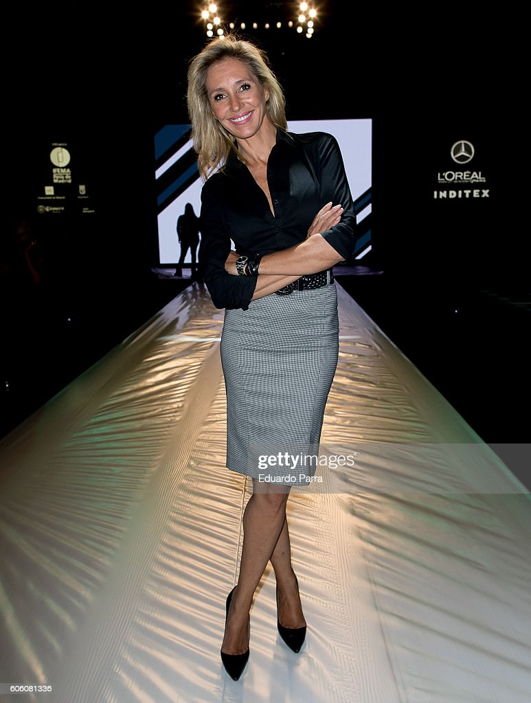 marta-robles-is-seen-attending-mercedesbenz-fashion-week-madrid-2017-picture-id606081336