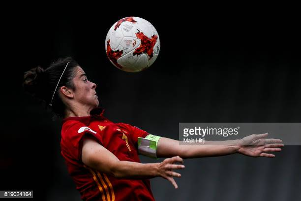 Marta Torrejon of Spain controls the ball during the Group D match between Spain and Portugal during the UEFA Women's Euro 2017 at Stadion De...