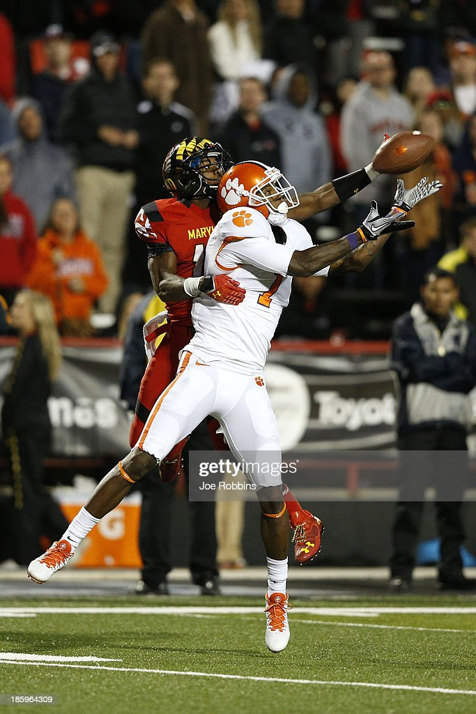 Martavis Bryant #1 of the Clemson Tigers makes a 41-yard reception to set up a fourth quarter touchdown against the Maryland Terrapins during the game at Byrd Stadium on October 26, 2013 in College Park, Maryland. Clemson won 40-27.
