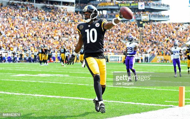 Martavis Bryant of the Pittsburgh Steelers celebrates after a 27 yard touchdown reception in the first quarter during the game against the Minnesota...