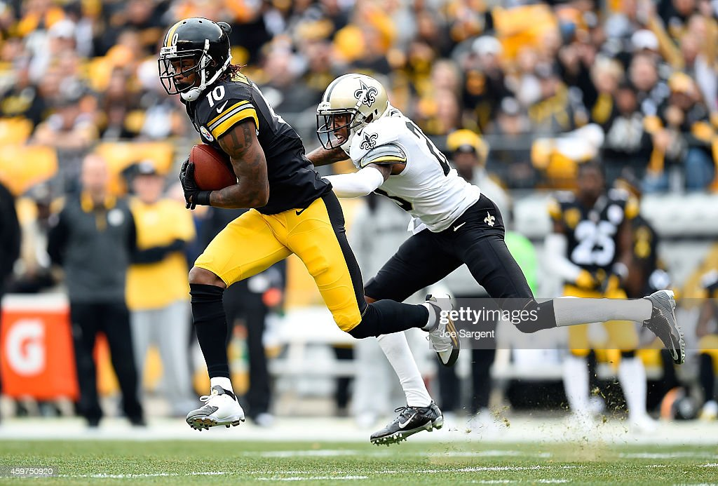 Martavis Bryant #10 of the Pittsburgh Steelers makes a catch in front of Keenan Lewis #28 of the New Orleans Saints during the first quarter at Heinz Field on November 30, 2014 in Pittsburgh, Pennsylvania.