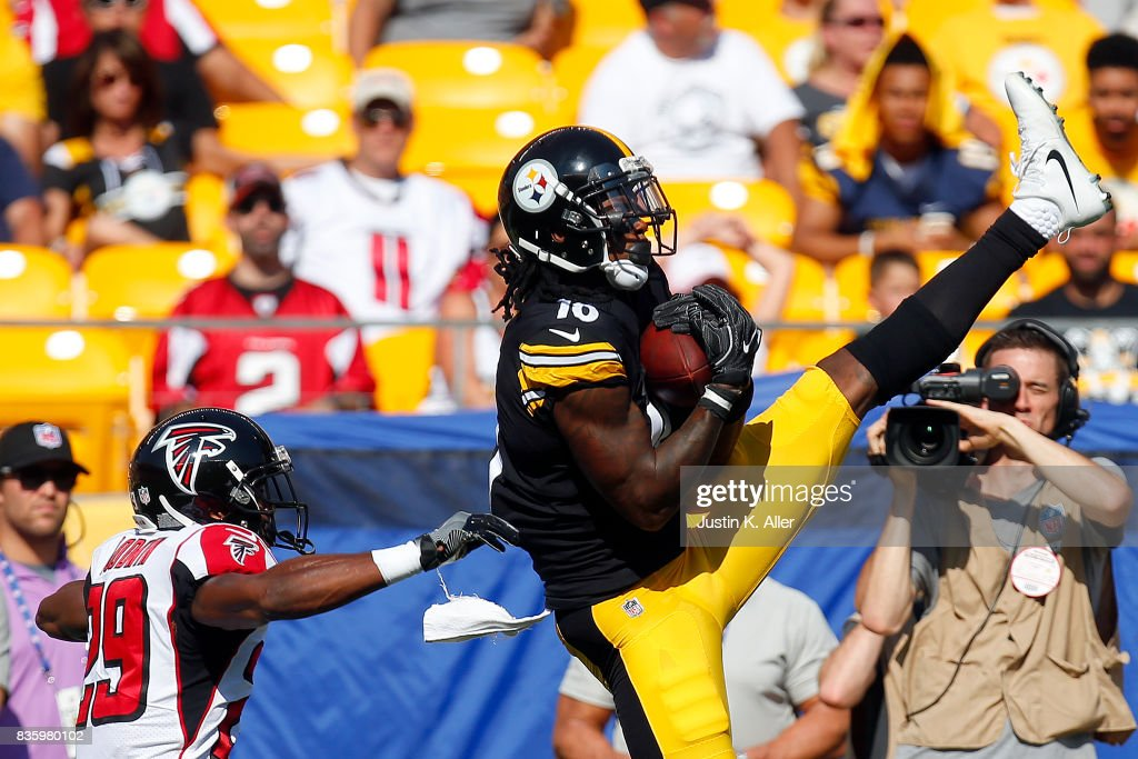 Martavis Bryant #10 of the Pittsburgh Steelers pulls in a catch against C.J. Goodwin #29 of the Atlanta Falcons during a preseason game at Heinz Field on August 20, 2017 in Pittsburgh, Pennsylvania.
