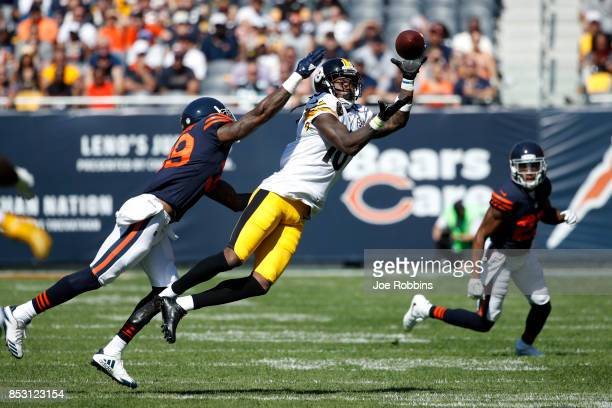 Martavis Bryant of the Pittsburgh Steelers receives the football against Eddie Jackson of the Chicago Bears in the second quarter at Soldier Field on...