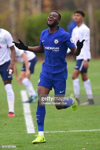 Martell TaylorCrossdale of Chelsea celebrates scoring during the Premier league 2 match between Tottenham Hotspur and Chelsea on November 18 2017 in...