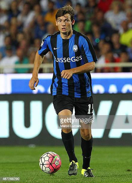 Marten De Roon of Atalanta BC in action during the Serie A match between Atalanta BC and Frosinone Calcio at Stadio Atleti Azzurri d'Italia on August...