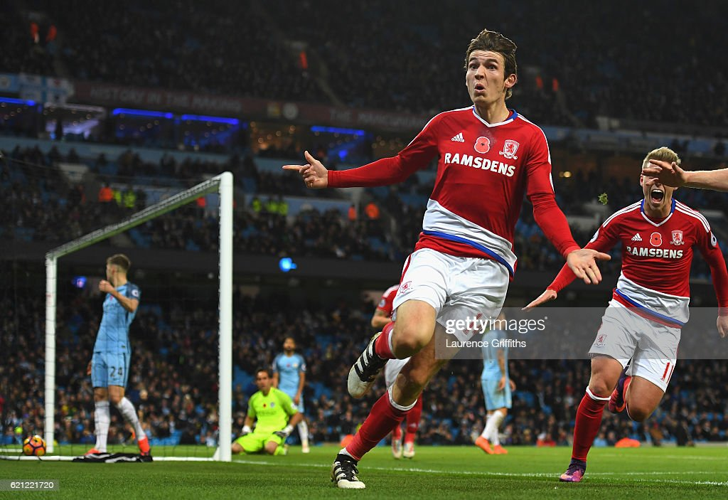 Manchester City v Middlesbrough - Premier League : News Photo