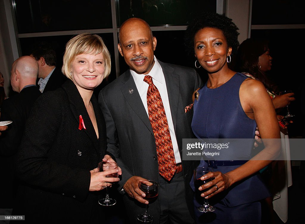 <a gi-track='captionPersonalityLinkClicked' href=/galleries/search?phrase=Martha+Plimpton&family=editorial&specificpeople=211149 ng-click='$event.stopPropagation()'>Martha Plimpton</a>, <a gi-track='captionPersonalityLinkClicked' href=/galleries/search?phrase=Ruben+Santiago-Hudson&family=editorial&specificpeople=223882 ng-click='$event.stopPropagation()'>Ruben Santiago-Hudson</a> and SHaron Washington attend the 28th Annual Lucille Lortel Awards After Party on May 5, 2013 in New York City.
