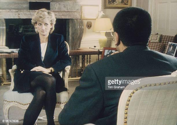 Martin Bashir interviews Princess Diana in Kensington Palace for the television program Panorama