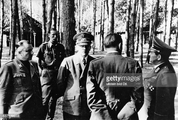 Adolf hitler pictures getty images for Koch politiker