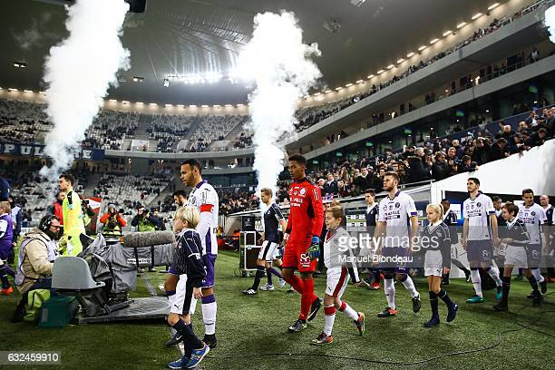 Martin Braithwaite Alban Lafont and Alexis Blin of Toulouse during the French Ligue 1 match between Bordeaux and Toulouse at Nouveau Stade de...