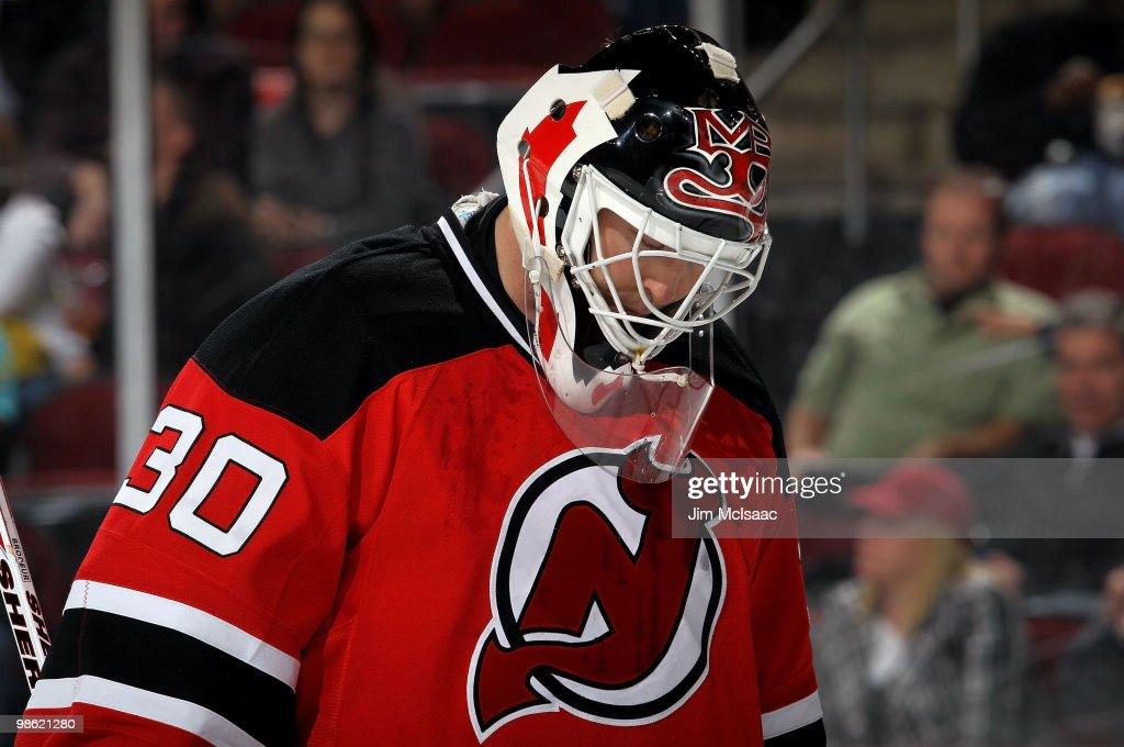 Martin Brodeur of the New Jersey Devils looks on against the Philadelphia Flyers in Game 5 of the Eastern Conference Quarterfinals during the 2010...