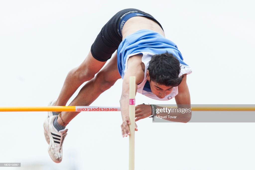 Martin Castañares of Uruguay competes in the Pole Vault Men's during t as part of the I ODESUR South American Youth Games at Estadio Miguel Grau on September 27, 2013 in Lima, Peru.