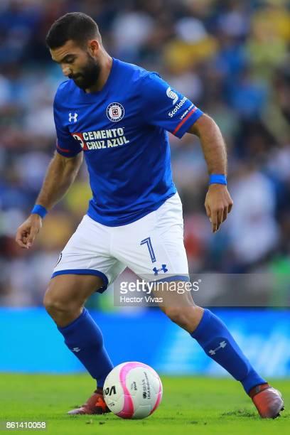 Martin Cauteruccio of Cruz Azul drives the ball during the 13th round match between Cruz Azul and America as part of the Torneo Apertura 2017 Liga MX...