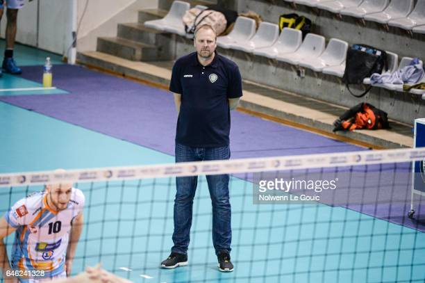 Martin Demar coach of Nantes during the volleyball Ligue A match between Paris Volley and Nantes Reze at Salle Pierre Charpy on February 23 2017 in...