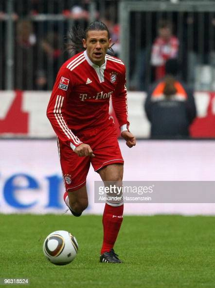 Martin Demichelis of Muenchen runs with the ball during the Bundesliga match between FC Bayern Muenchen and FSV Mainz 05 at Allianz Arena on January...