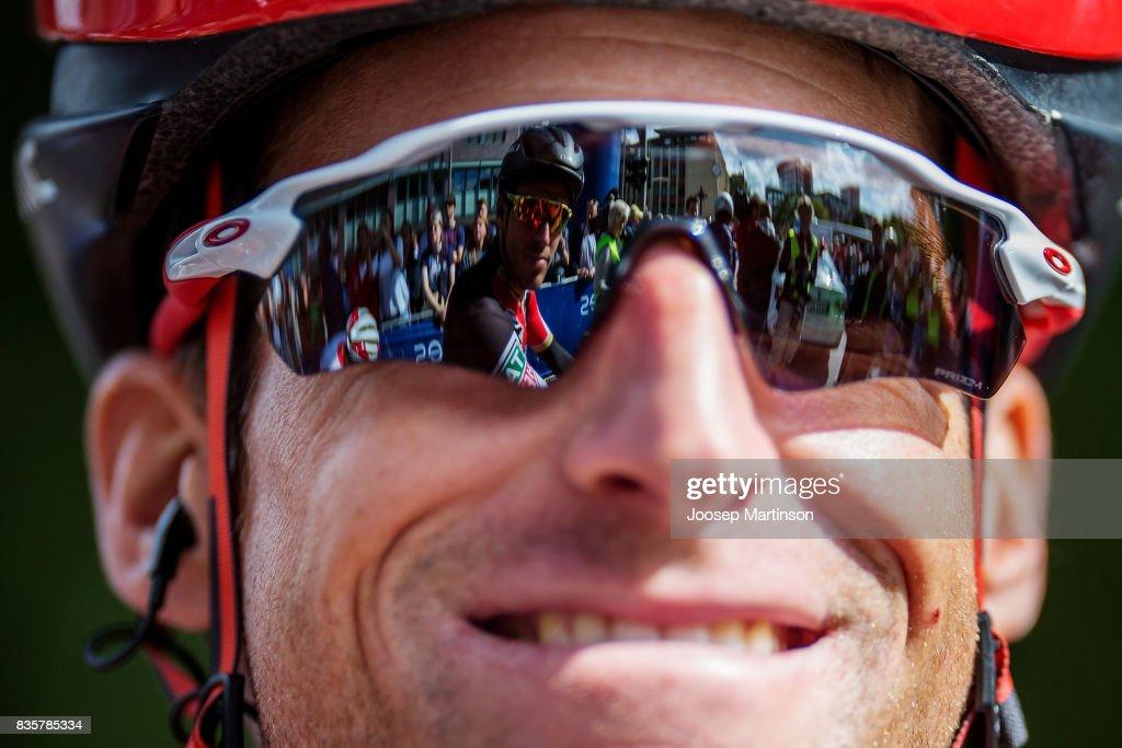 Martin Elmiger of Team BMC Racing looks on during the EUROEYES CYCLASSICS Hamburg race on August 20, 2017 in Hamburg, Germany.