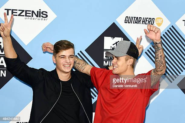 Martin Garrix and Justin Bieber poses in the winners room at the MTV EMA's 2015 at Mediolanum Forum on October 25 2015 in Milan Italy
