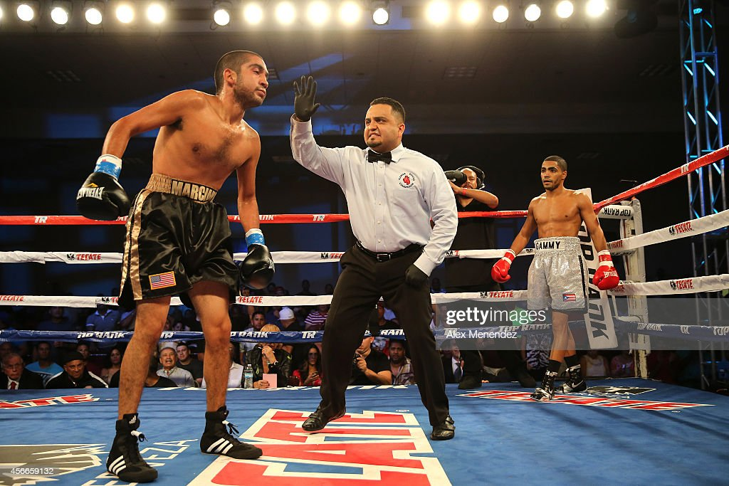 Oscar De La Hoya vs. Manny Pacquiao