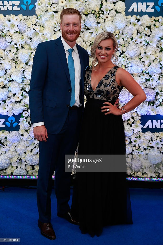 <a gi-track='captionPersonalityLinkClicked' href=/galleries/search?phrase=Martin+Guptill&family=editorial&specificpeople=797559 ng-click='$event.stopPropagation()'>Martin Guptill</a> (L) and Laura McGoldrick (R) pose ahead of the 2016 New Zealand cricket awards at the Viaduct Events Centre on February 25, 2016 in Auckland, New Zealand.