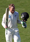 Martin Guptill of New Zealand acknowledges the crowd after being dismissed by Sri Lanka after scoring 156 runs during day one of the First Test match...