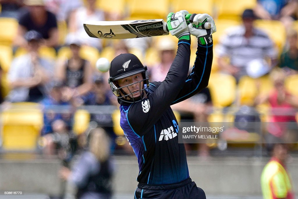 Martin Guptill of New Zealand plays a shot during the 2nd one-day international cricket match between New Zealand and Australia at Westpac Stadium in Wellington on February 6, 2016. AFP PHOTO / MARTY MELVILLE / AFP / Marty Melville