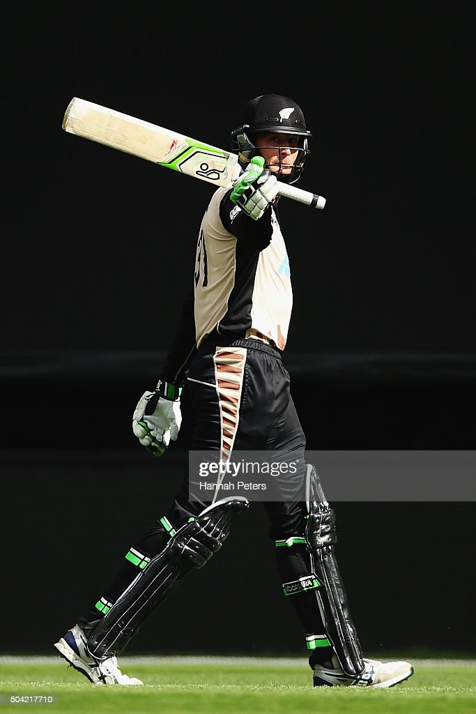 <a gi-track='captionPersonalityLinkClicked' href=/galleries/search?phrase=Martin+Guptill&family=editorial&specificpeople=797559 ng-click='$event.stopPropagation()'>Martin Guptill</a> of the Black Caps acknowledges the crowd after being dismissed during the Twenty20 International match between New Zealand and Sri Lanka at Eden Park on January 10, 2016 in Auckland, New Zealand.