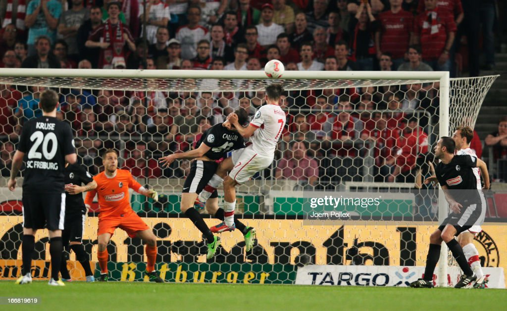 <a gi-track='captionPersonalityLinkClicked' href=/galleries/search?phrase=Martin+Harnik&family=editorial&specificpeople=733193 ng-click='$event.stopPropagation()'>Martin Harnik</a> (C) of Stuttgart scores his team's second goal during the DFB Cup Semi Final match between VfB Stuttgart and SC Freiburg at Mercedes-Benz Arena on April 17, 2013 in Stuttgart, Germany.