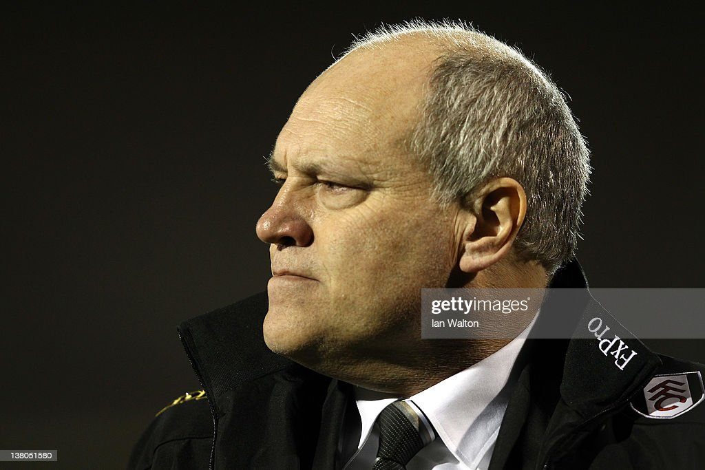 <a gi-track='captionPersonalityLinkClicked' href=/galleries/search?phrase=Martin+Jol&family=editorial&specificpeople=215368 ng-click='$event.stopPropagation()'>Martin Jol</a> the Fulham manager watches from the touchline during the Barclays Premier League match between Fulham and West Bromwich Albion at Craven Cottage on February 1, 2012 in London, England.