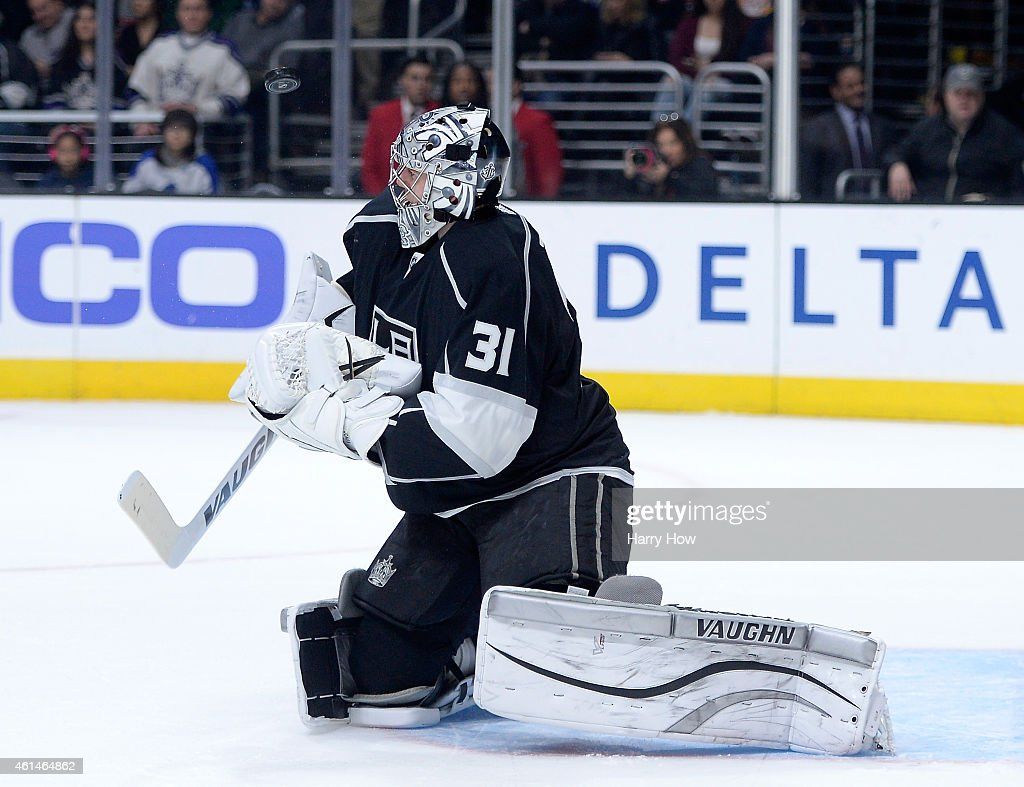 <a gi-track='captionPersonalityLinkClicked' href=/galleries/search?phrase=Martin+Jones+-+Ice+Hockey+Player&family=editorial&specificpeople=12318960 ng-click='$event.stopPropagation()'>Martin Jones</a> #31 of the Los Angeles Kings makes a save on a shot by the Toronto Maple Leafs during the first period at Staples Center on January 12, 2015 in Los Angeles, California.