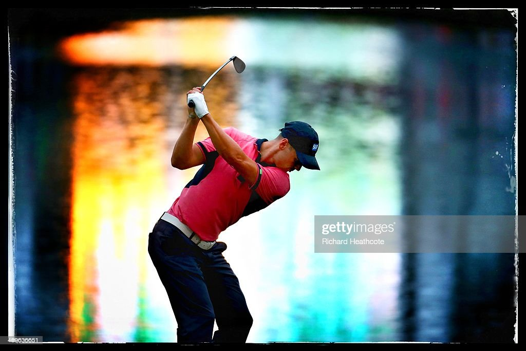 <a gi-track='captionPersonalityLinkClicked' href=/galleries/search?phrase=Martin+Kaymer&family=editorial&specificpeople=2143733 ng-click='$event.stopPropagation()'>Martin Kaymer</a> of Germany hits his tee shot on the 17th hole during the final round of THE PLAYERS Championship on The Stadium Course at TPC Sawgrass on May 11, 2014 in Ponte Vedra Beach, Florida.