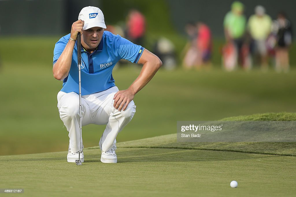 <a gi-track='captionPersonalityLinkClicked' href=/galleries/search?phrase=Martin+Kaymer&family=editorial&specificpeople=2143733 ng-click='$event.stopPropagation()'>Martin Kaymer</a> of Germany lines up a birdie attempt putt on the 17th hole island green during the third round of THE PLAYERS Championship on THE PLAYERS Stadium Course at TPC Sawgrass on May 10, 2014 in Ponte Vedra Beach, Florida.
