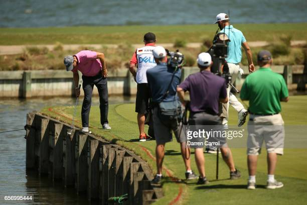 Martin Kaymer of Germany looks at his shot on the 13th hole of his match during round two of the World Golf ChampionshipsDell Technologies Match Play...