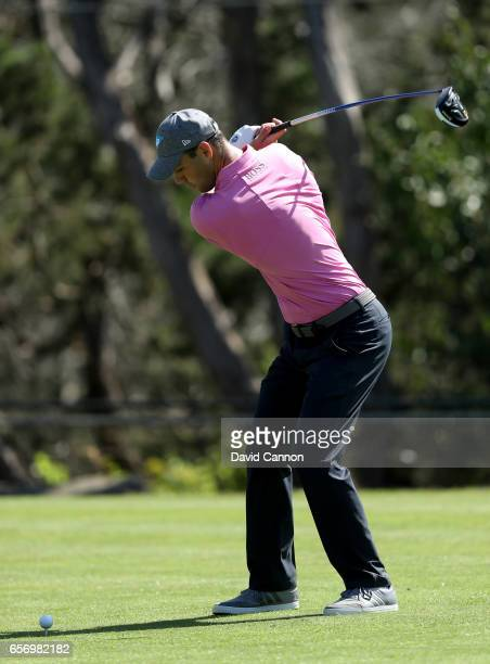 Martin Kaymer of Germany plays his tee shot on the par 4 second hole in his match against Dustin Johnson during the second round of the 2017 Dell...