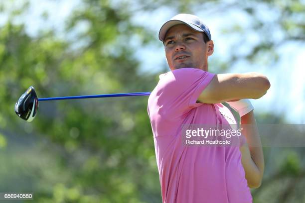 Martin Kaymer of Germany tees off on the 6th hole of his match during round two of the World Golf ChampionshipsDell Technologies Match Play at the...