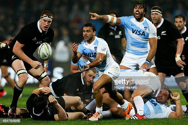 Martin Landajo of Argentina passes during The Rugby Championship match between the New Zealand All Blacks and Argentina at McLean Park on September 6...