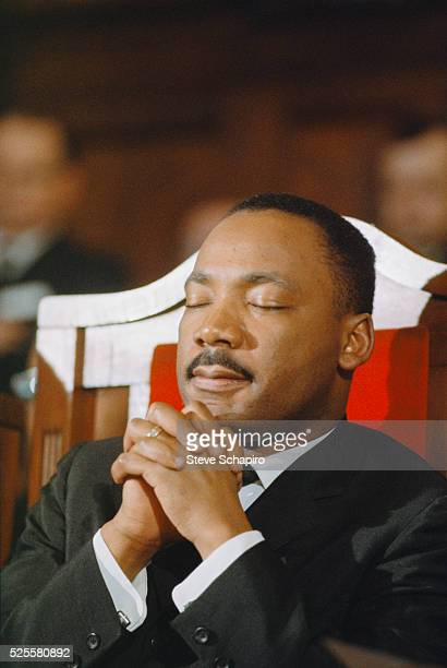 Martin Luther King Jr at the the memorial service for Minister James Reeb Unitarian minister Reeb was murdered by segregationists during the...