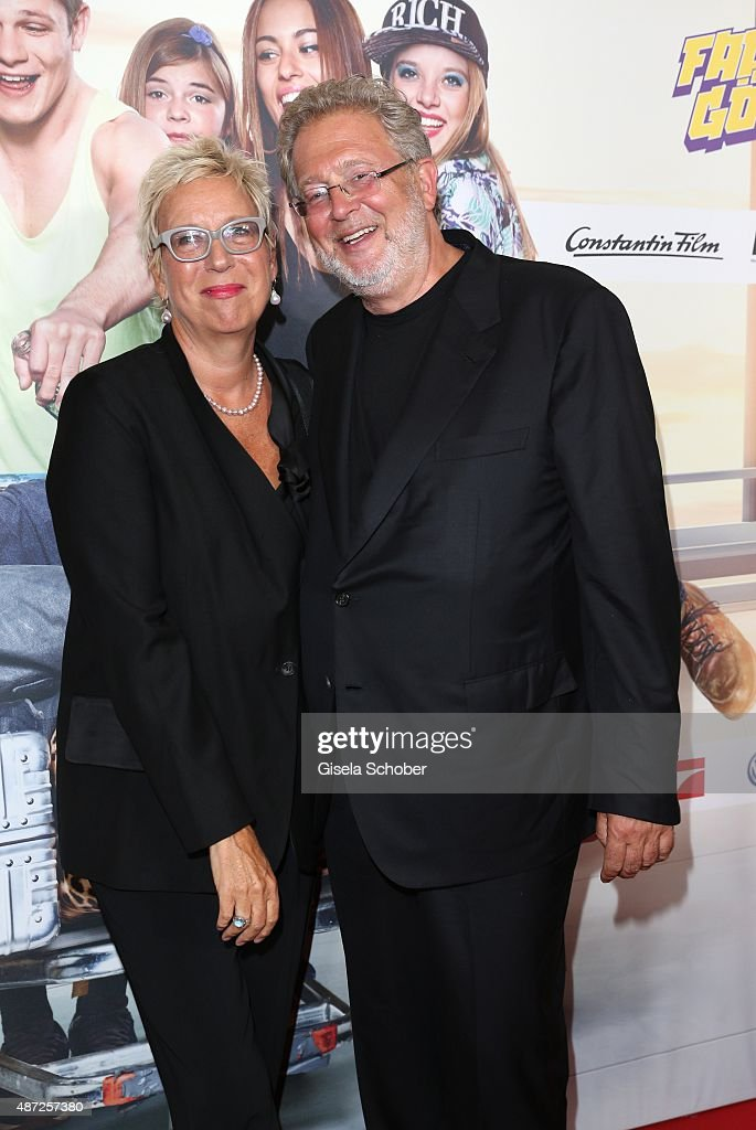 <a gi-track='captionPersonalityLinkClicked' href=/galleries/search?phrase=Martin+Moszkowicz&family=editorial&specificpeople=3273455 ng-click='$event.stopPropagation()'>Martin Moszkowicz</a> and his partner Doris Doerrie during the world premiere of 'Fack ju Goehte 2' at Mathaeser Kino on September 7, 2015 in Munich, Germany.
