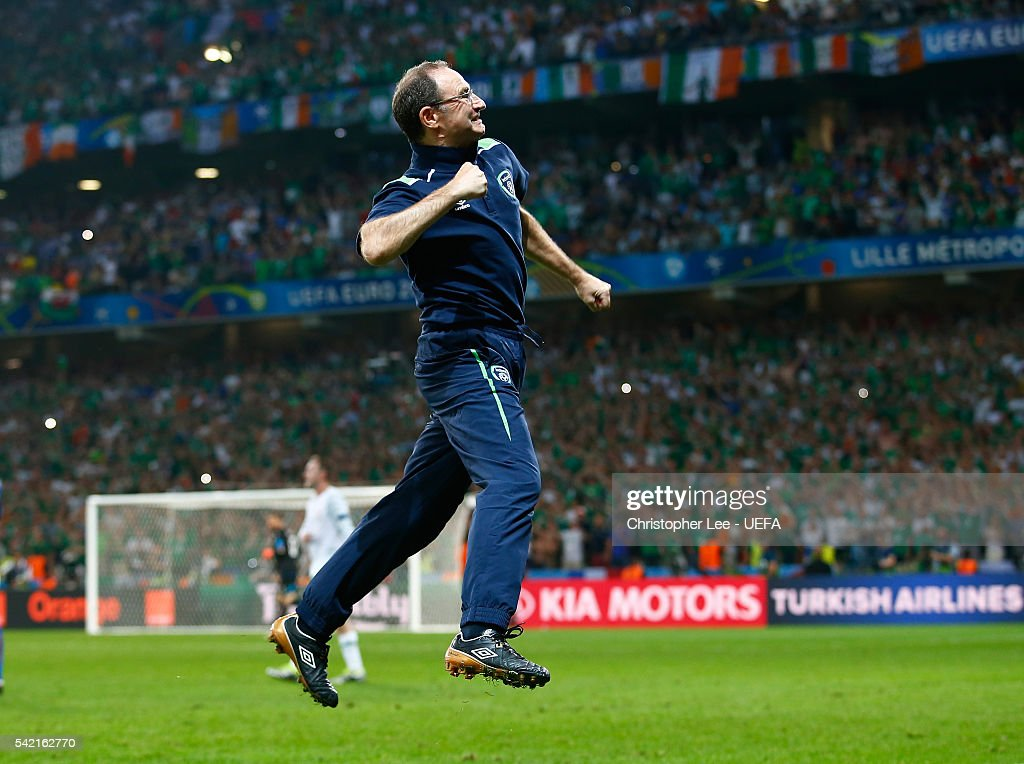 Martin O'Neill manager of Republic of Ireland celebrates before the final whistle during the UEFA EURO 2016 Group E match between Italy and Republic of Ireland at Stade Pierre-Mauroy on June 22, 2016 in Lille, France.