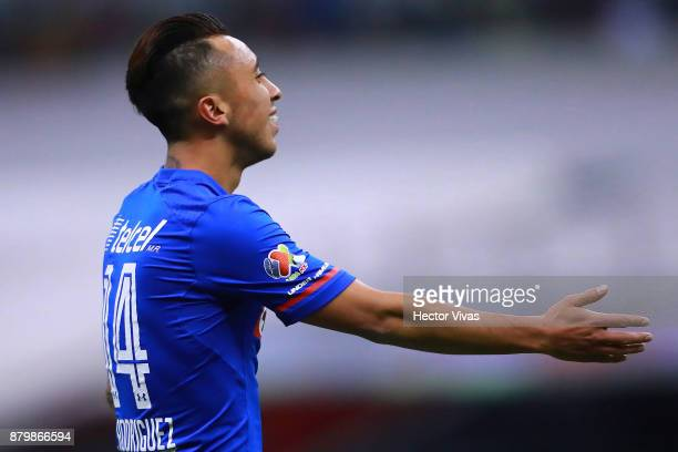 Martin Rodriguez of Cruz Azul reacts during the quarter finals second leg match between America and Cruz Azul as part of the Torneo Apertura 2017...
