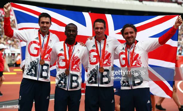 LR Martin Rooney Michael Bingham Robert Tobin and Andrew Steel The mens 4 x 400m squad from the Beijing 2008 Olympic games receive their bronze...
