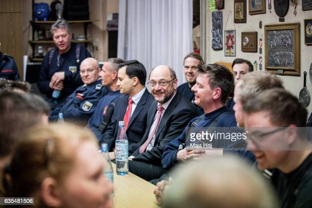 Martin Schulz the chancellor candidate of the German Social Democrats visits the volunteer fire department in Marxloh district on February 15 2017 in...