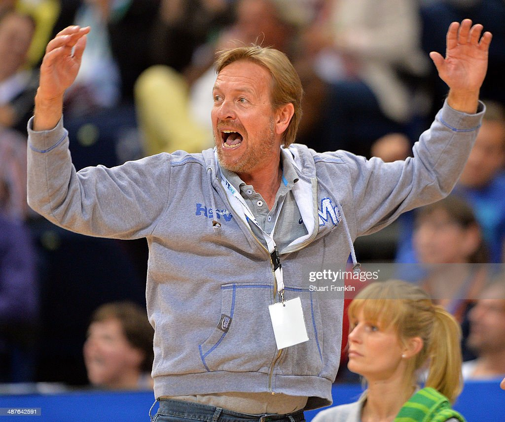 Martin Schwalb head coach of Hamburg reacts during the DKB Bundesliga handball game between HSV Hamburg and SG Flensburg Handewitt at O2 World on May...