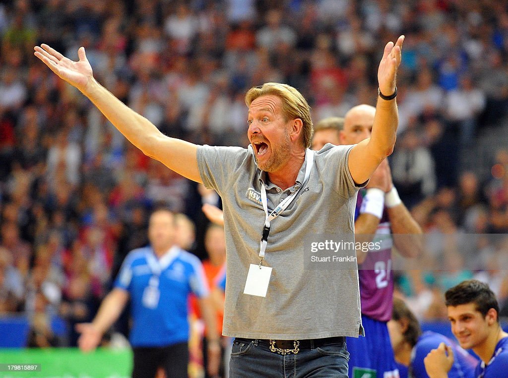 Martin Schwalb head coach of Hamburg reacts during the DKB Handball Budesliga mtach between HSV Hamburg and THW Kiel at the O2 world on September 7...