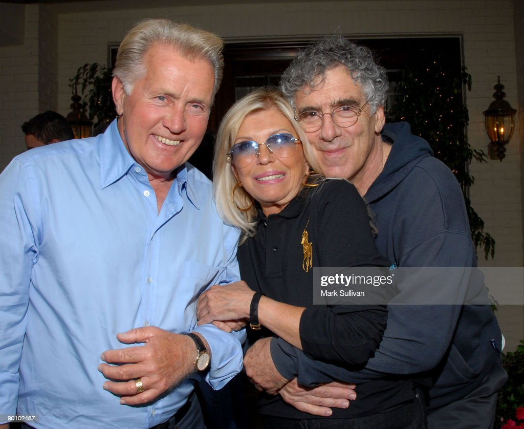 nancy sinatra hosts martin sheen nancy sinatra and elliott gould attend a meet the canidates cocktail